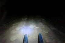 13km pohodová běžkařská trasa v Brdech za svitu čelovky