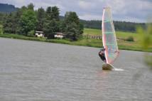 Štěpánský rybník: brdský windsurfový ráj