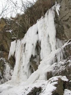 Zimní lezení a drytooling na Barrandově skále