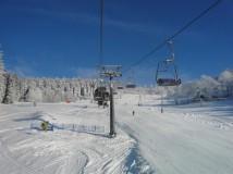 Lyže a snowboard na Ještědu