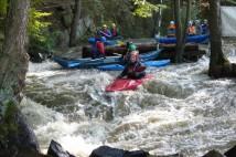 Vavřinecký potok: podzimní vodácká klasika s průjezdem kolem gumového poprsí