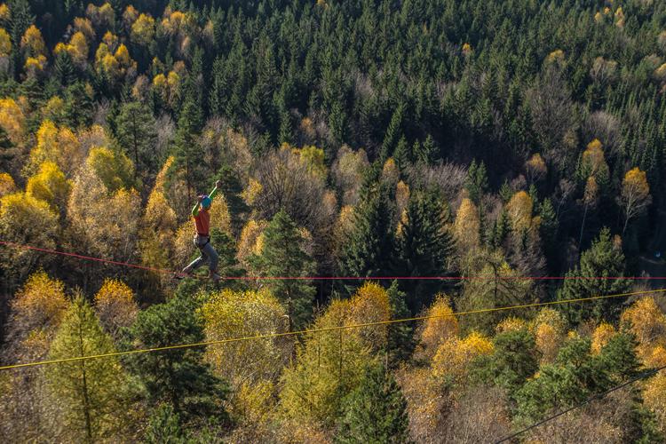 Highline: Strach, radost, vzrušení a adrenalin... zkrátka intenzivní outdoorový zážitek