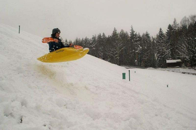 Snowkajaking: Nedostatek sněhu netrápí jen lyžaře