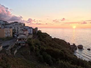 Běh podél pobřeží v Rodi Garganico