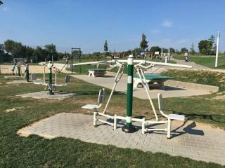 Outdoorové megahřiště a fitness Pilák