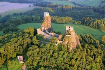 Rovensko pod Troskami a výhledy na Český ráj