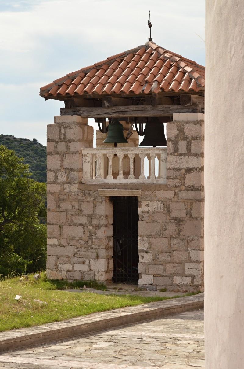 Kostelíček (zvonička) na Vrgadě