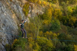"Highline ""Ťuk ťukˮ - Srbsko, foto: Marek Smolka"