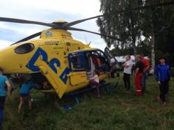 Po zásahu si vrtulník mohly prohlédnout děti
