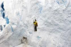 Radovánky v antarktickém ledu